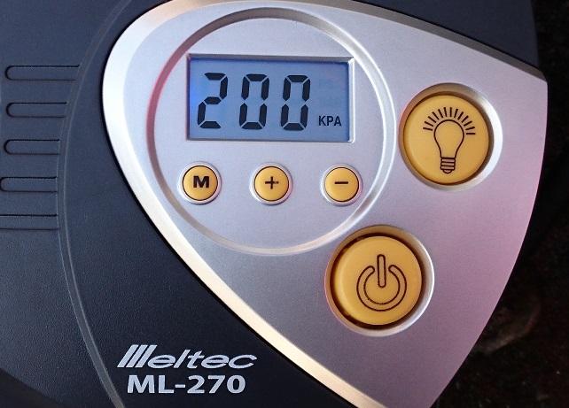 空気圧チェック.jpg